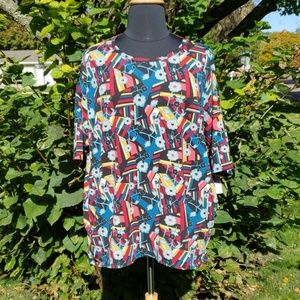 LulaRoe plus high low dolman tee